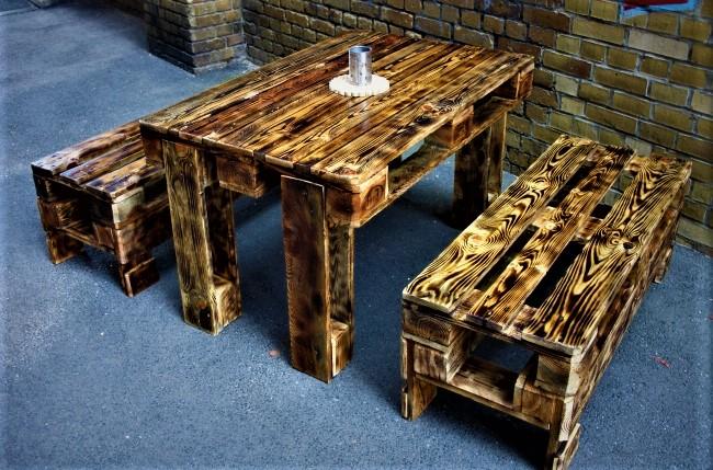 Мебель из обожжённой древесины