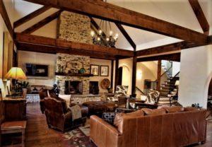Частный дом без потолка